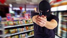 Kioskbesitzer schlägt Räuber in die Flucht
